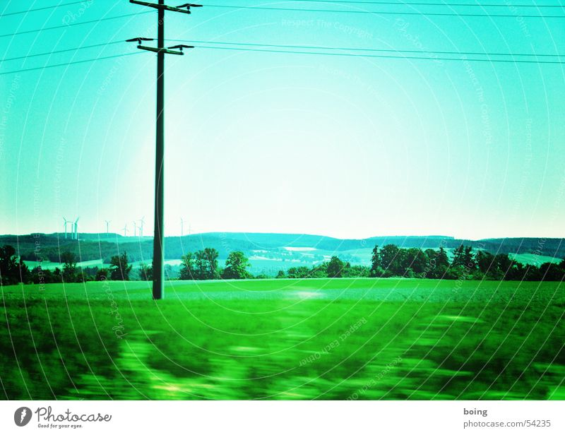 Watch your step! Attack of the three-legged at 11 o'clock - crawls Electricity Transmission lines Escape Field Electricity pylon Speed Country road Fear Panic