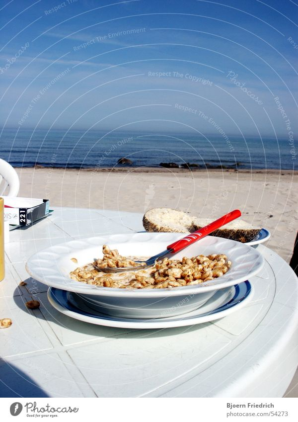 Sky Water Blue White Vacation & Travel Ocean Beach Nutrition Freedom Sand Fresh Vantage point Breakfast Morning