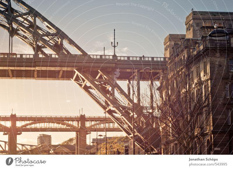 City House (Residential Structure) Architecture Idyll City life Transport Esthetic Bridge Joie de vivre (Vitality) River Romance Logistics
