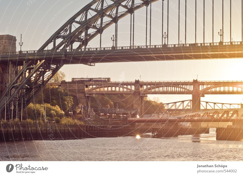 Newcastle upon Tyne I Great Britain England Town Contentment Joie de vivre (Vitality) Warm-heartedness Prompt Life Esthetic Bridge Bridge construction