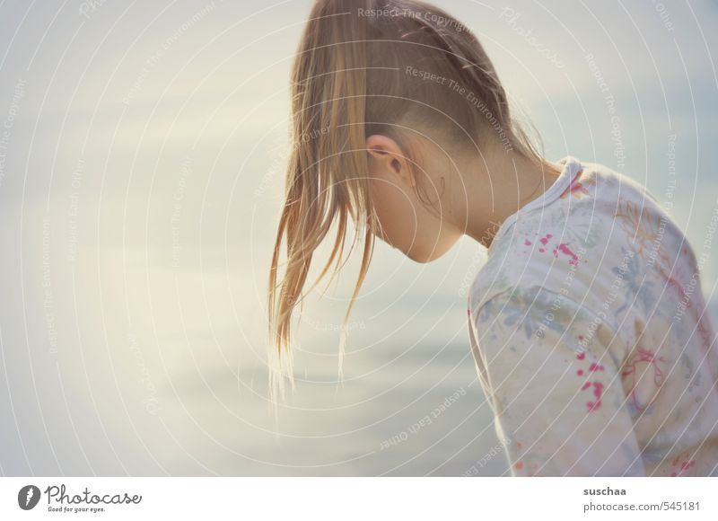 bath in the sunlight Feminine Child Girl Young woman Youth (Young adults) Infancy Life Body Skin Head Hair and hairstyles Ear 1 Human being 8 - 13 years