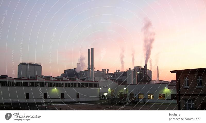 Sky Blue Red Lighting Building Work and employment Industrial Photography Smoke Dusk Exhaust gas Chimney Work of art Climate change Go up Industrial plant