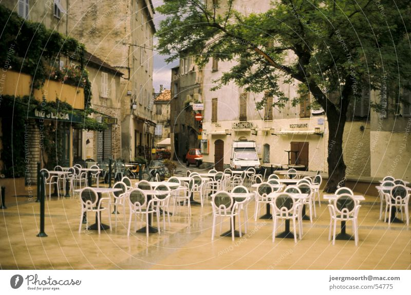 Tree City Vacation & Travel House (Residential Structure) Rain Weather Table Places Chair Village France Downtown Dusk Corsica Village square