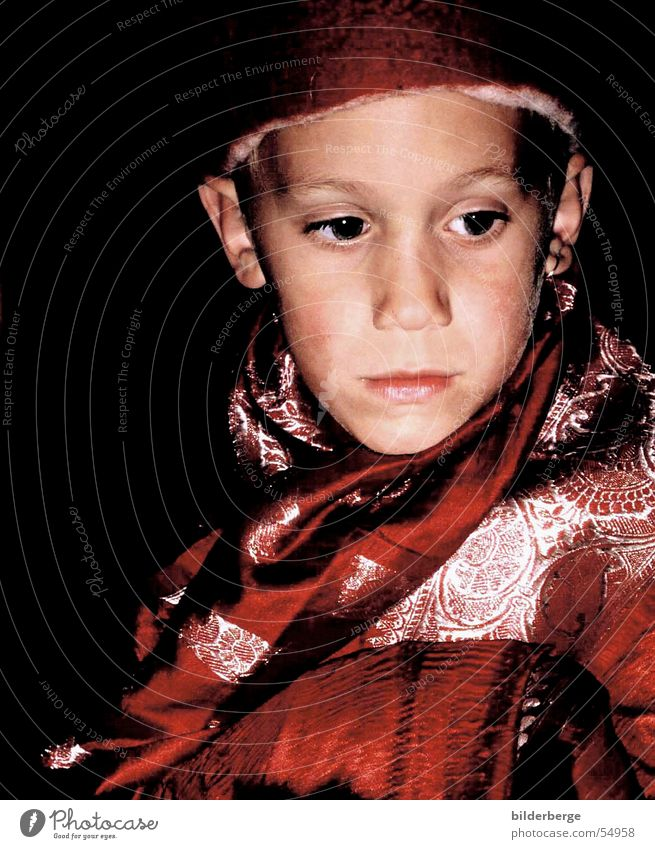Child Red Boy (child) Fatigue Cap Silver Dreamily Pensive
