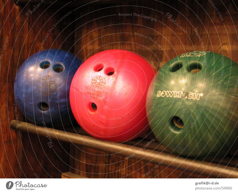 Green Blue Red Face Eyes Sports Playing Mouth Funny 3 Observe Sphere Hollow Surprise Marvel