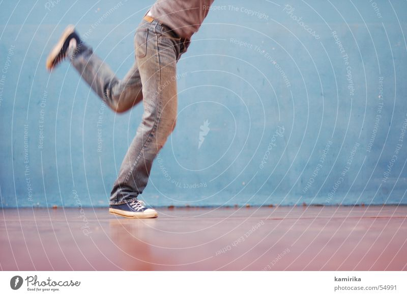 Old Blue Wall (building) Movement Dance Walking Jeans Pants Sneakers Chucks Gymnastics Gymnasium Old-school Footwear