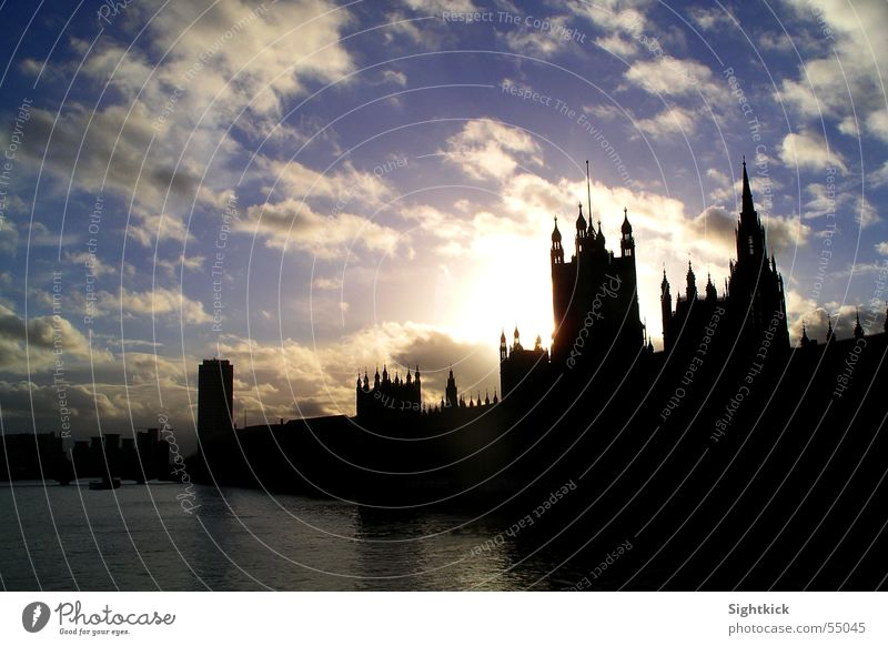 Water Sky Sun City House (Residential Structure) Clouds Building River London England Politics and state Great Britain Government Themse Big Ben