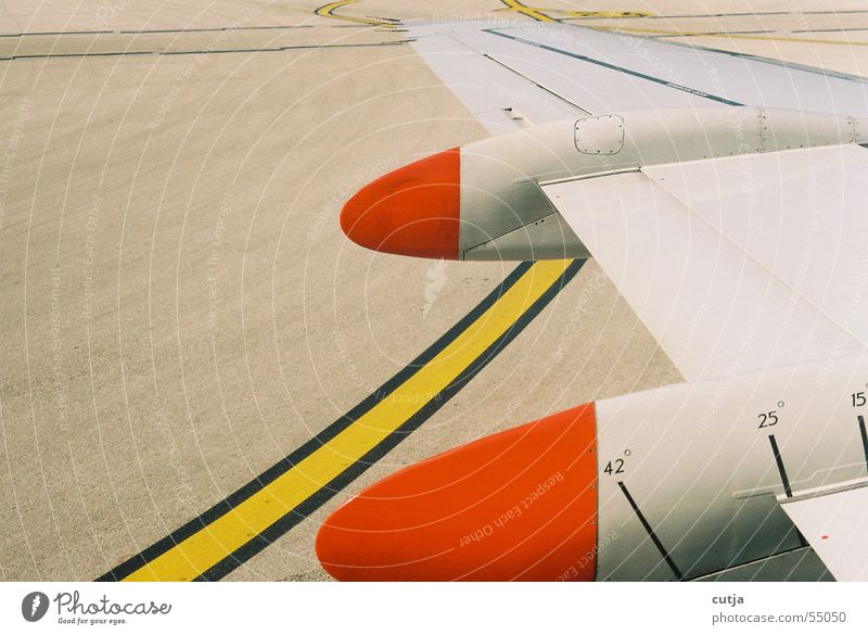 Red Yellow Airplane Flying Beginning Wing Airplane landing Geometry Graphic