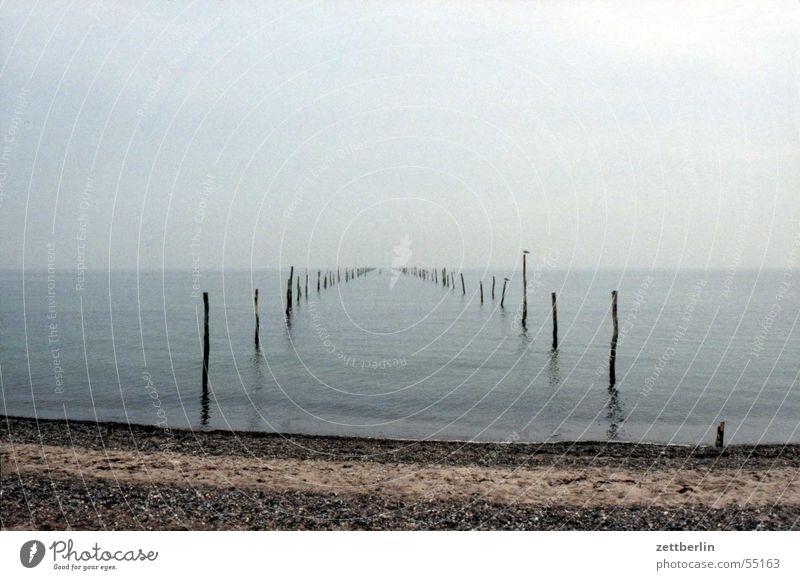 Ocean Blue Beach Calm Loneliness Far-off places Gray Horizon Infinity Calm Fish trap Slate blue