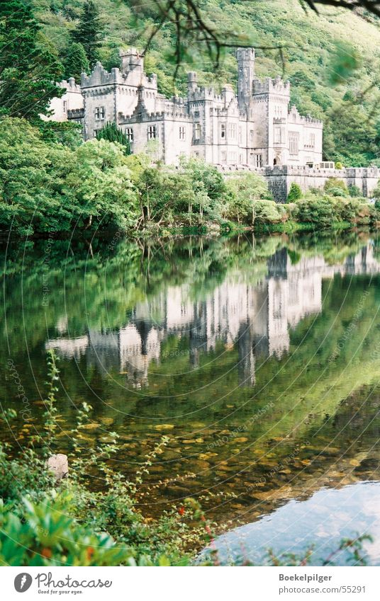 Kylemore Abbey in Ireland Reflection Green Connemara Lake Tourism Castle Water Nature Trip
