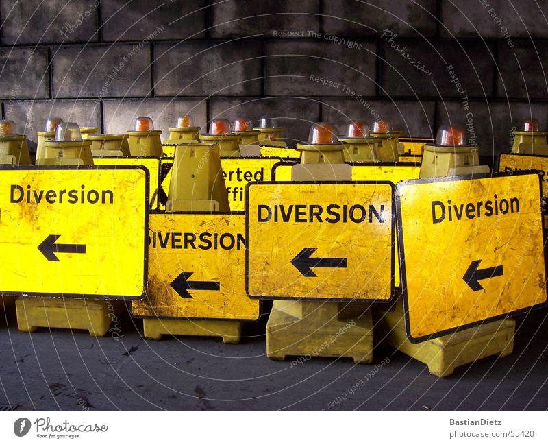 Diversion - Diversion Signs and labeling Direction Left Construction site Arrow Lanes & trails Street