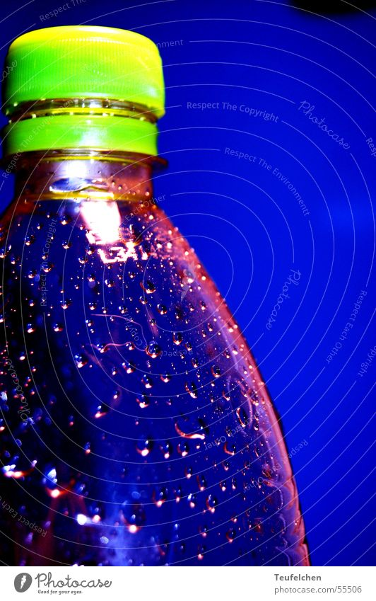 Blue Water Walking Drops of water Statue Refreshment Bottle Jogging Mineral water Closure Baseball cap