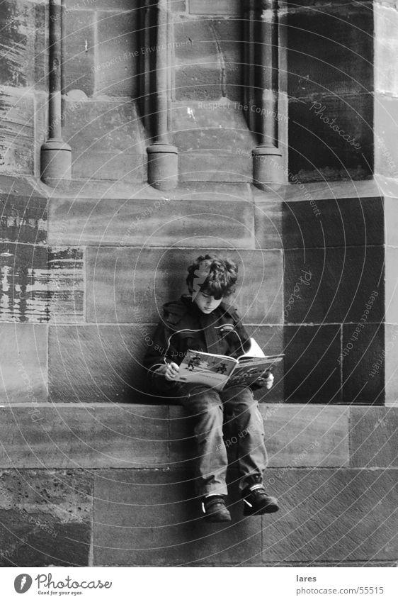 Little boy Wall (barrier) Reading Boy (child)