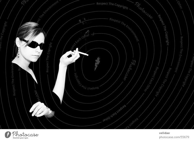 Woman Elegant Modern Cigarette Sunglasses Noble Chic Arrogant Accessory Expensive Dark background