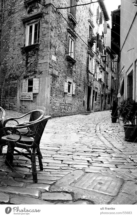gas Alley Café Cane chair House (Residential Structure) cobblestones Lanes & trails