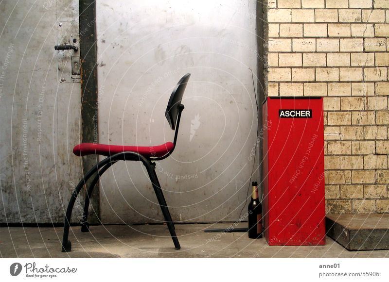 a day is a day Gray Dirty Red Black Retro Seventies Empty Beer Ashtray Smoking Trash Beige Europe Easygoing Work and employment Exterior shot Door Chair Bottle