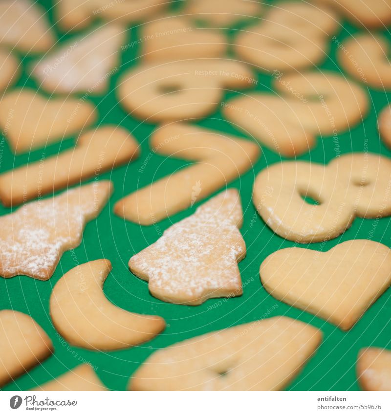 Biscuit Puzzle II Food Dough Baked goods Cookie Nutrition Eating To have a coffee Sign Digits and numbers Heart Christmas tree 2 1 7 8 4 6 Fragrance Lie Brown