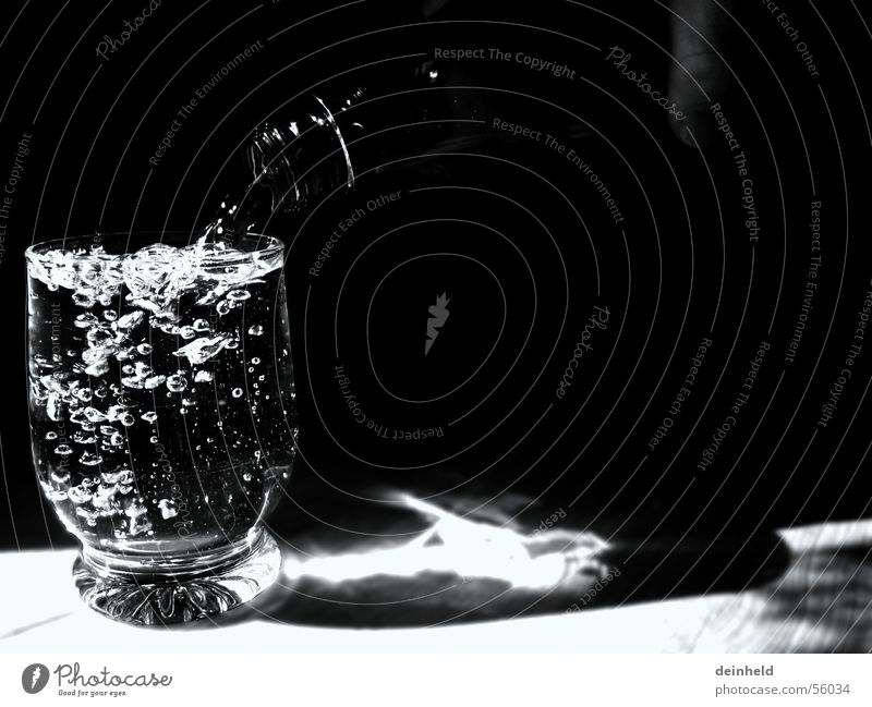 A glass with water Bottle of water Mineral water Refreshment Glass Alcohol-fueled Water Blow Fill
