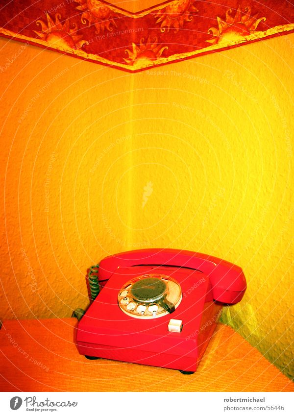 Old Sun Red Yellow Wall (building) Style Time Lie Orange Wait Fingers Technology Telephone Star (Symbol) Retro Digits and numbers