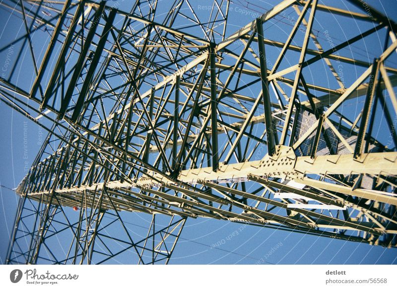 Sky Blue Summer Line Fear Large Tall Perspective Energy industry Electricity Aviation Might Technology Steel Escape Electricity pylon