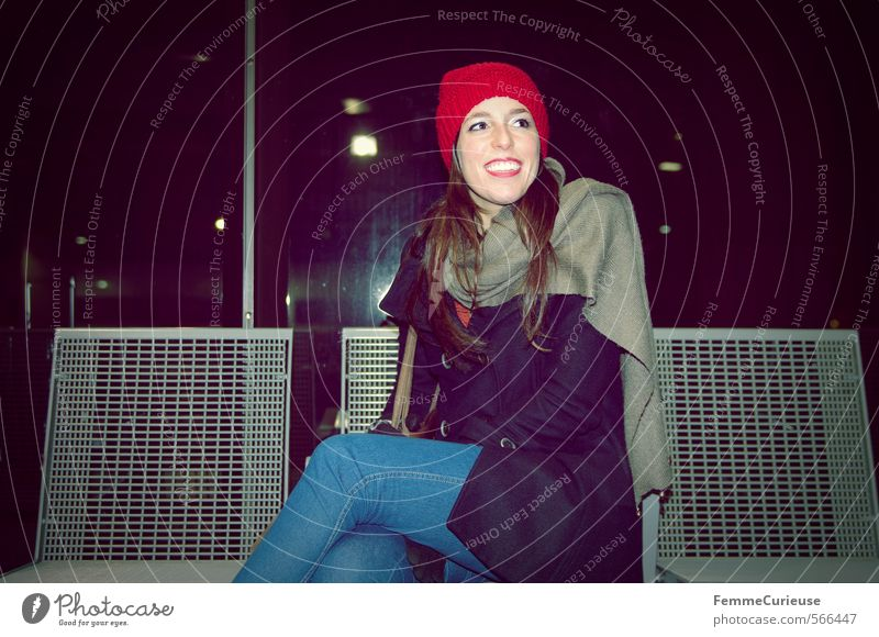 Human being Woman Vacation & Travel Youth (Young adults) City Young woman Winter 18 - 30 years Cold Adults Feminine Travel photography Laughter Style Leisure and hobbies Sit