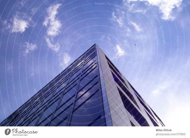 skyedge Clouds Reflection House (Residential Structure) Worm's-eye view Triangle Window Sky Glas facade Steel Glass building Blue Corner Architecture
