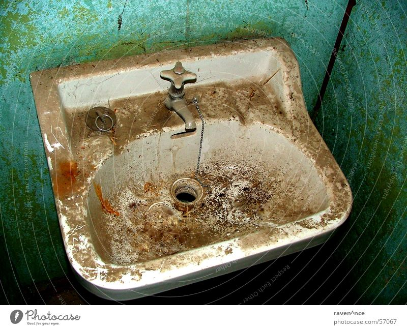 Old Loneliness Dirty Bathroom Toilet Room Chain Drainage Enamel Tap Sink Unused Stopper