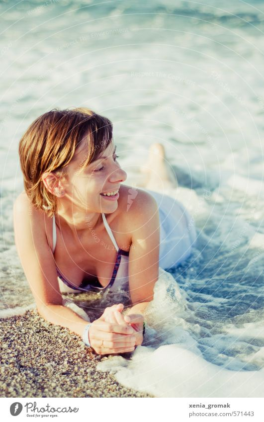 Human being Woman Vacation & Travel Youth (Young adults) Water Summer Sun Ocean Relaxation Young woman Beach 18 - 30 years Adults Life Feminine Coast