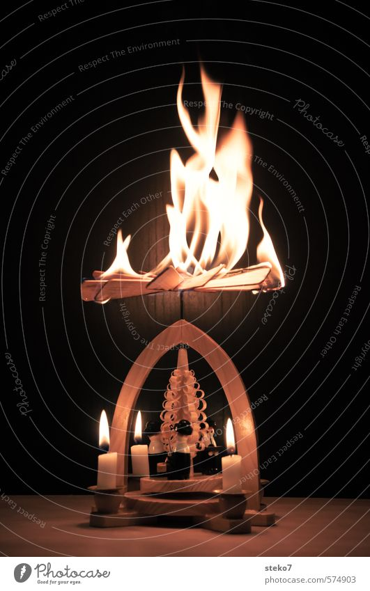 Pyramid Model Fire Wheel Christmas & Advent Candle Wood Hot Brown Dangerous Christmas pyramid Burn Flame Christmas fairy lights End Accident Blaze