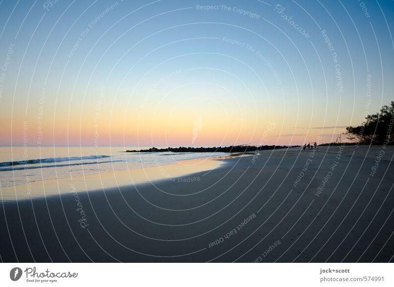 Bundaberg Landscape Cloudless sky Coast Pacific beach Queensland Exotic natural Warmth Moody Horizon Idyll Optimism Surf Natural phenomenon Color gradient Dusk