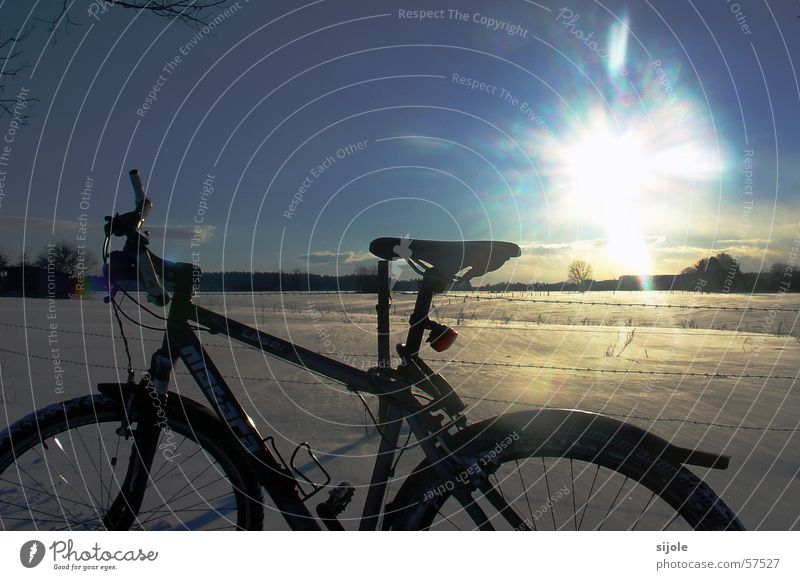 White Sun Blue Winter Vacation & Travel Black Cold Snow Landscape Bicycle Barbed wire Snowdrift Winter's day