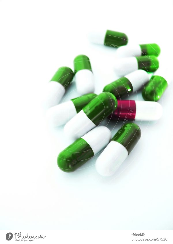 Little helpers? Intoxicant Medication Green Bright Detail Macro (Extreme close-up) Pill