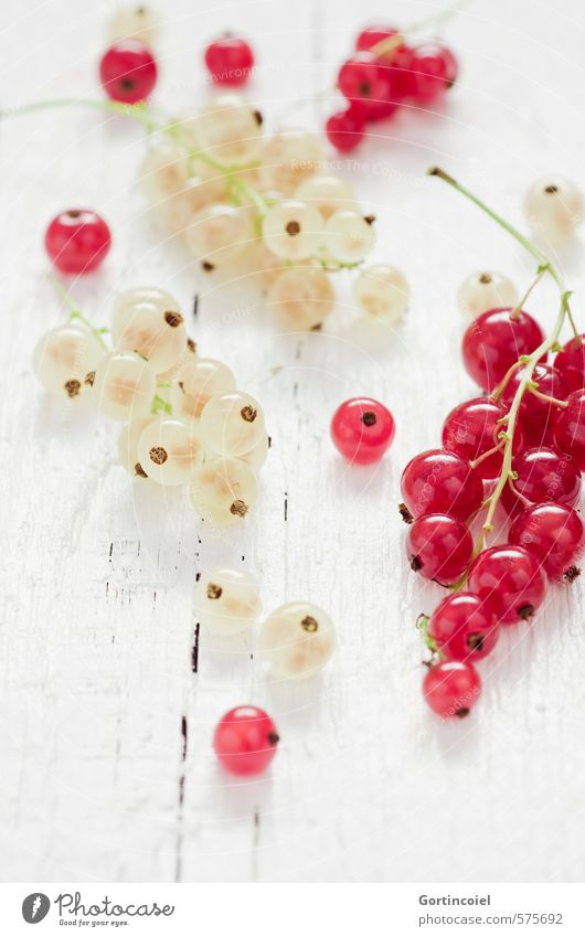 currants Food Fruit Nutrition Organic produce Vegetarian diet Diet Slow food Fresh Delicious Sour Sweet Red White Redcurrant Wooden table Food photograph Fruity