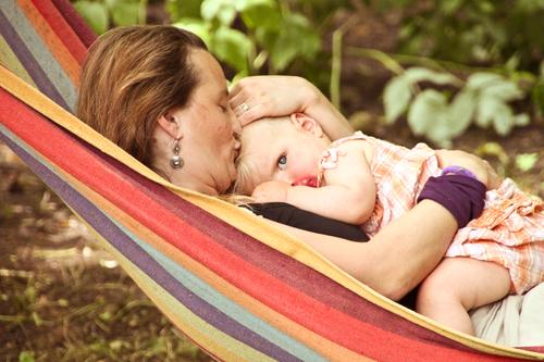 The eye of freedom from the mother's lap Happy Personal hygiene Healthy Well-being Freedom Living or residing Mother's Day Parenting Child Human being Feminine