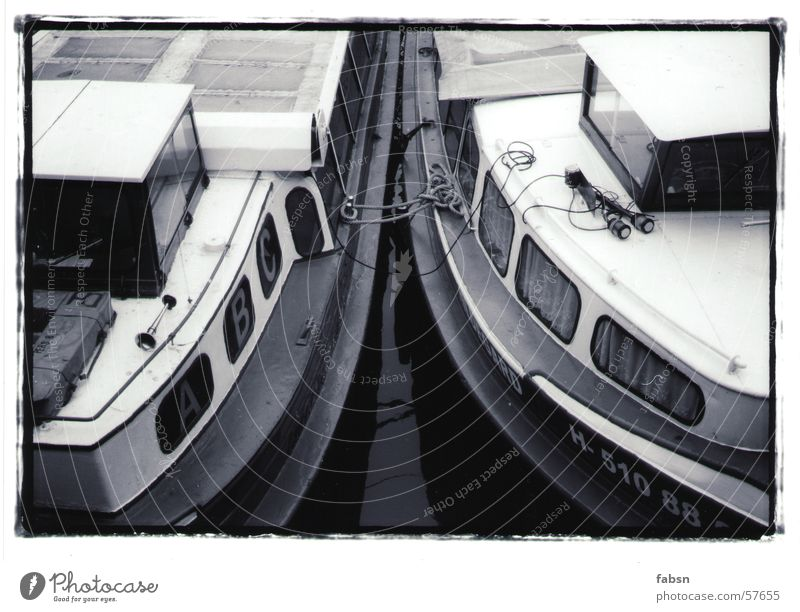 HAMBURGS SIBLINGS Watercraft Black White boat River Hamburg