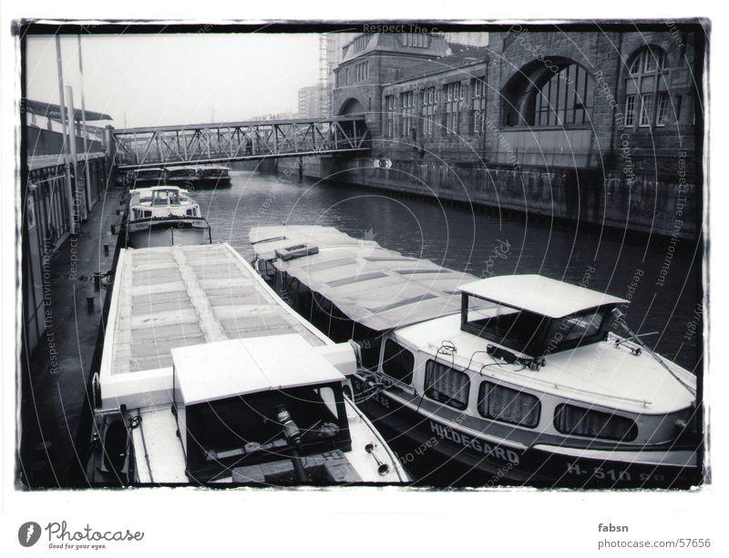 HAMBURGS SIBLINGS II Watercraft Black White Gutter Navigable water Ocean Harbour River Brook boat Hamburg