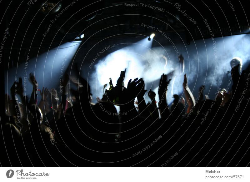 live concert Applause Crowd of people Hand Party Disco Concert Moody Night Enthusiasm Shadow discolights Human being Passion Party mood Party goer Floodlight