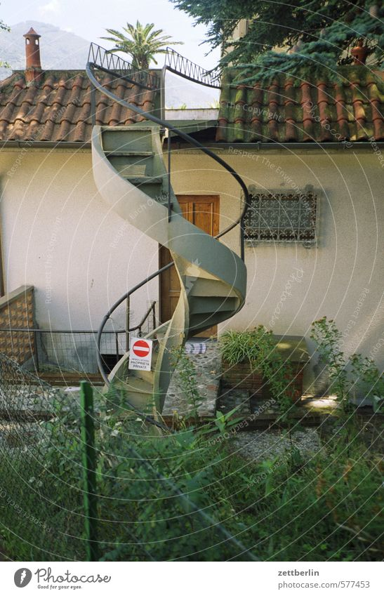 spiral staircase House (Residential Structure) Facade Living or residing Apartment Building Stairs Winding staircase External Staircase Wall (building) Roof