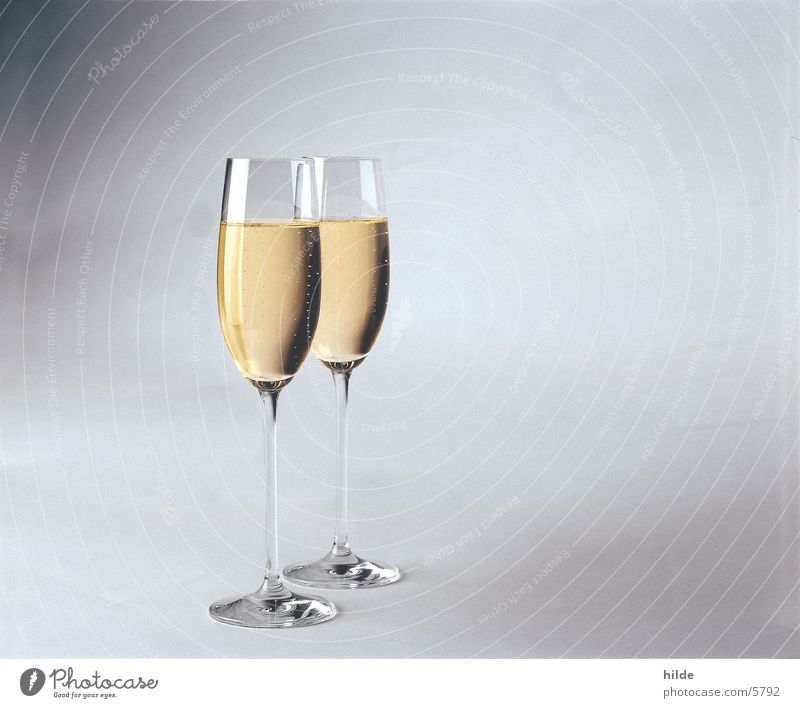 Feasts & Celebrations Glass Beverage Alcoholic drinks Sparkling wine Valentine's Day Prosecco White wine