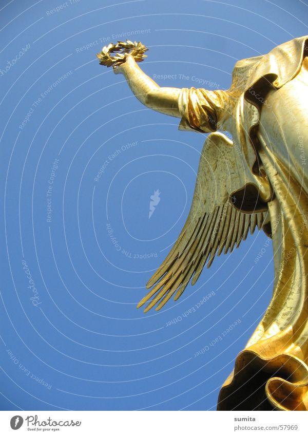Sky Freedom Berlin Gold Angel Capital city Wreath Victory column