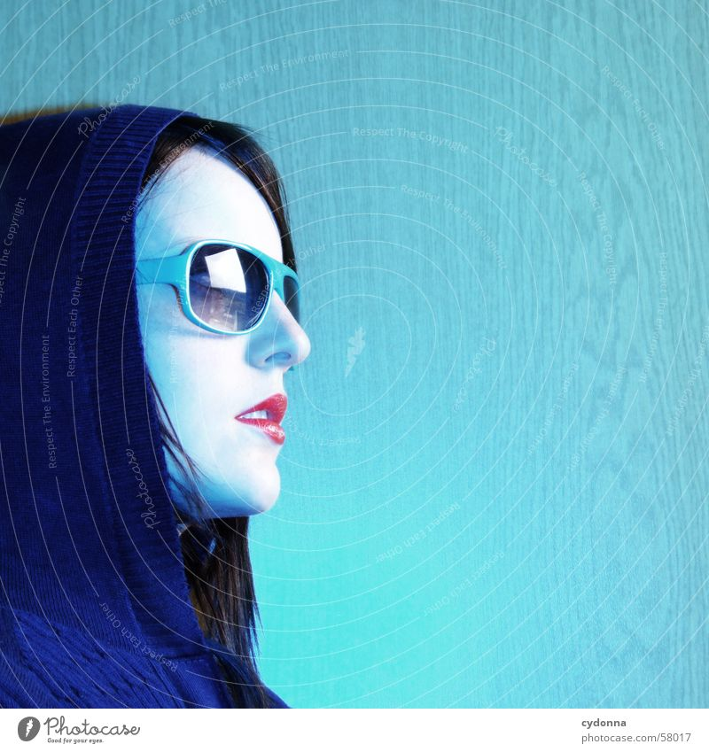 Woman Human being Blue Style Hair and hairstyles Model Retro Lips Facial expression Sunglasses Hooded (clothing) Photo shoot