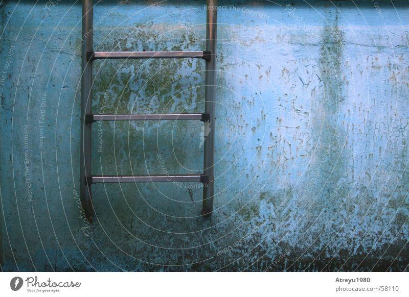 Old Blue Summer Wall (building) Swimming pool Crack & Rip & Tear Ladder Basin