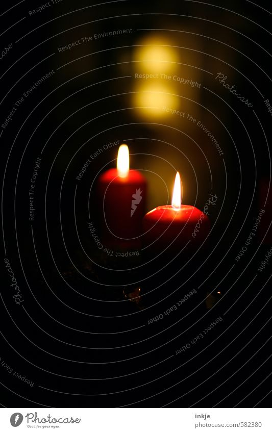 Christmas & Advent Red Calm Black Yellow Emotions Style Feasts & Celebrations Moody Leisure and hobbies Living or residing Illuminate Contentment Decoration
