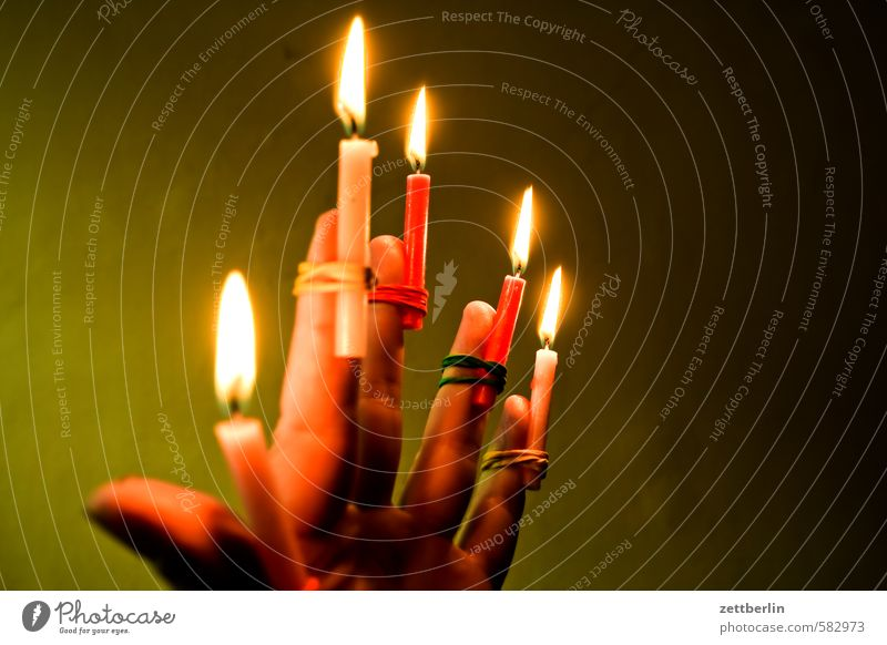 candles Christmas & Advent Flame Candle Candlelight Lighting Lamp Illuminate wallroth Anti-Christmas 5 Full Hand Ball of the hand Illumination Fingers Thumb