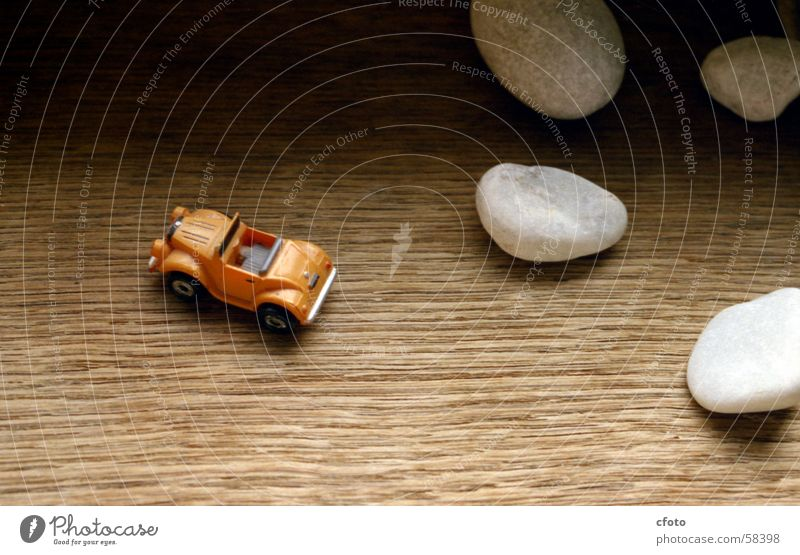 offroad Wood Window board Model car white stones Macro (Extreme close-up)