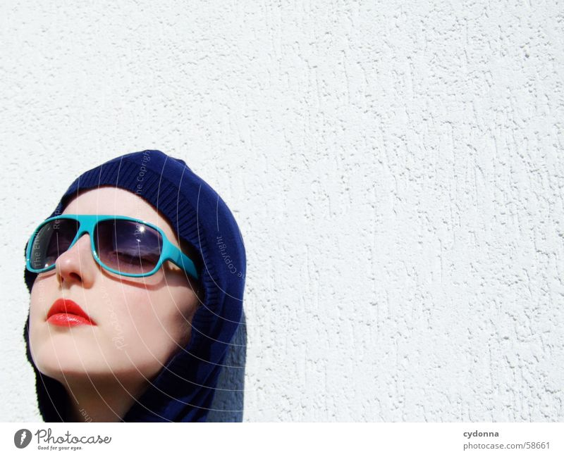 Sunglasses everywhere XIV Lips Lipstick Light Style Row Woman Portrait photograph Glittering Cosmetics Gesture Skin session Human being Face Facial expression