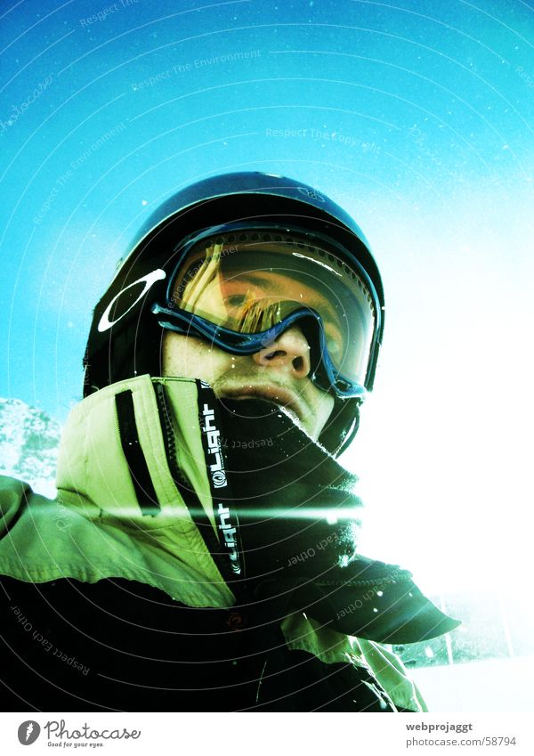 Boarder4Life Winter Snow Sun Back-light Sunbeam Skier Snowboarder Worm's-eye view Blue sky 1 Winter sportswear Collar Jacket Skiing goggles Skiing helmet