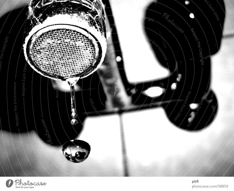 dropdown Tap Lime Dirty Reflection Bathroom Water Black & white photo Drops of water
