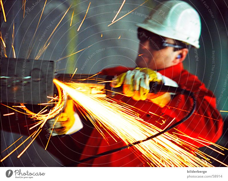 Flexes - 4 Steel processing Grinding (constr.) Angle grinder Red Helmet Work and employment Long exposure Yellow Welding Professional life Industry Scrap metal