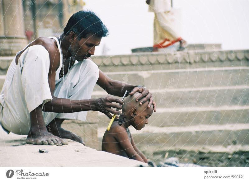 White Beautiful Calm Head Hair and hairstyles Style Work and employment Sit Skin Poverty Stairs Parents To hold on Father Watchfulness Hairdresser